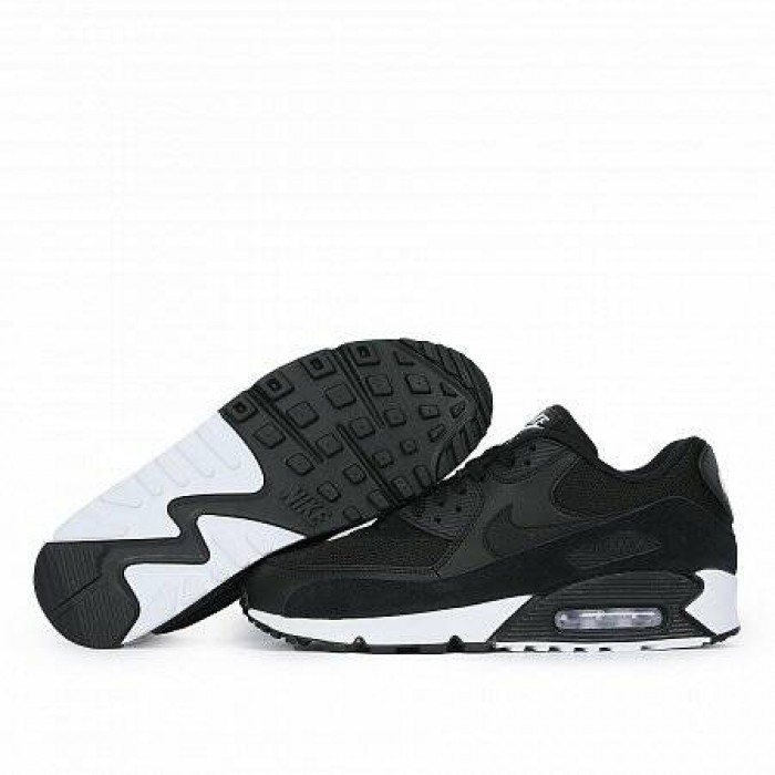 Кроссовки Nike AIR MAX 90 ESSENTIAL (Цвет Black-White)