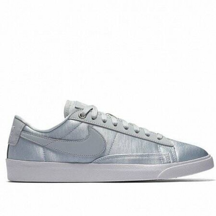 Кроссовки Nike BLAZER LOW SE (Цвет Pure Platinum-Pure Platinum-White)