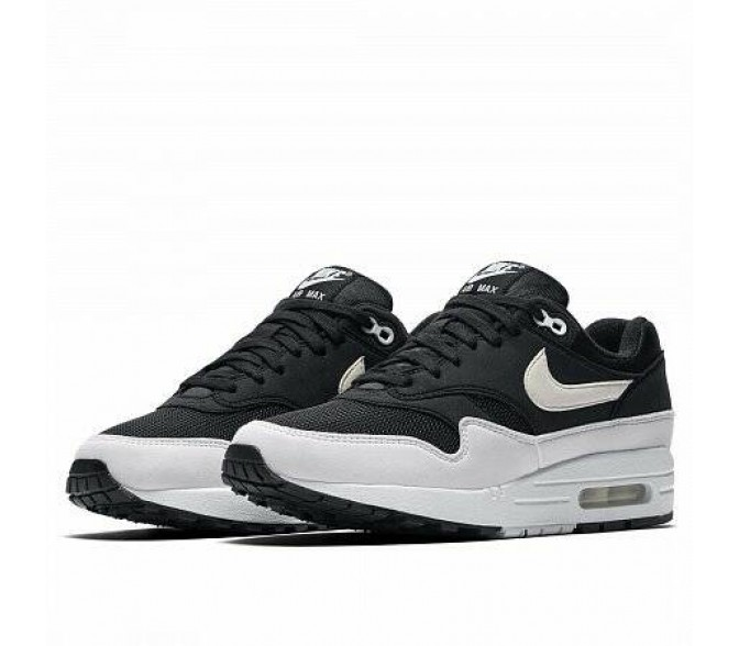 Кроссовки Nike AIR MAX 1 (Цвет Black-White Leather)