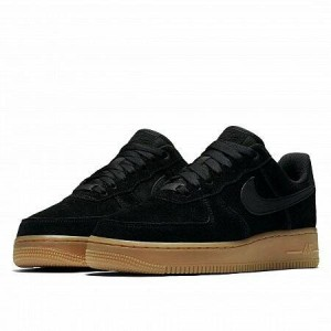AIR FORCE 1 07 SE ..