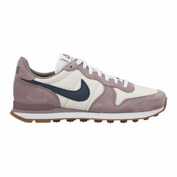 Кроссовки Nike INTERNATIONALIST (Цвет Violet-White)