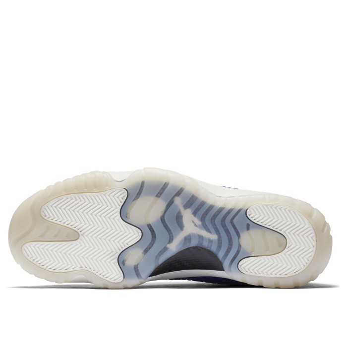Кроссовки Jordan AIR FUTURE (Цвет Hyper Royal-Hyper Royal-Phantom)