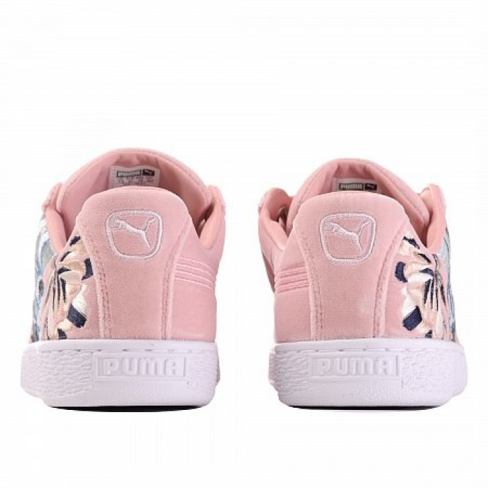Кроссовки Puma BASKET HEART HYPER EMBROIDERED (Цвет Peach Beige)